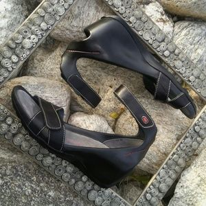 Wolky wedges sandals excellent condition